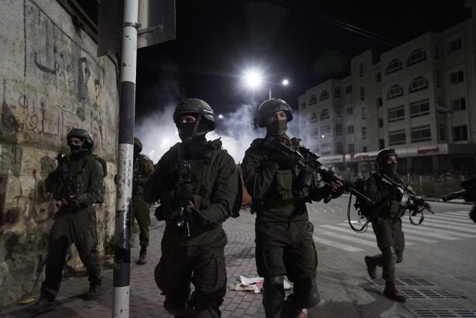 """חיילי צה""""ל ביהודה ושומרון"""