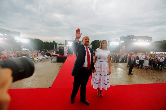 דונלד טראמפ עם רעייתו מלניה