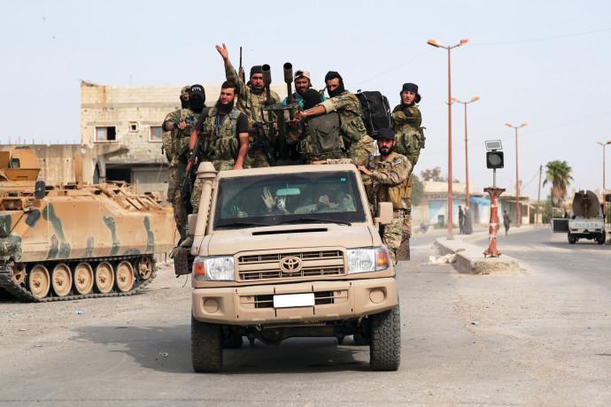 תומכי צבא טורקיה פועלים בסוריה