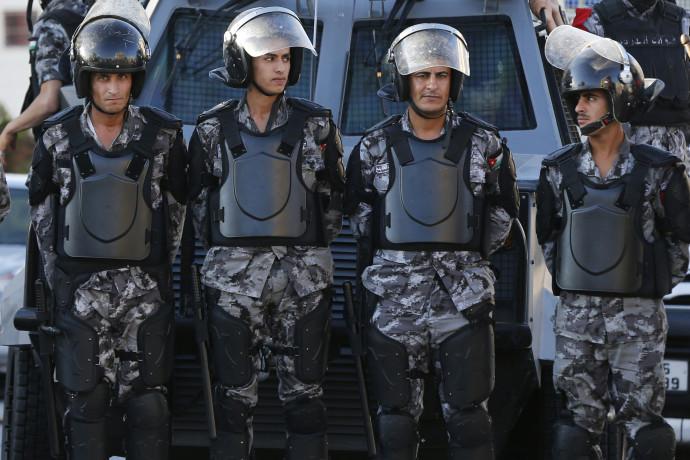 כוחות משטרה ליד שגרירות ישראל בירדן, ארכיון (למצולמים אין קשר לנאמר בכתבה)
