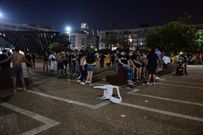מהומות אלימות בכיכר רבין בת״א לאחר חגיגות האליפות של מכבי