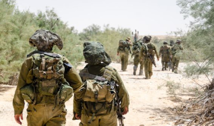 חיילים במסע