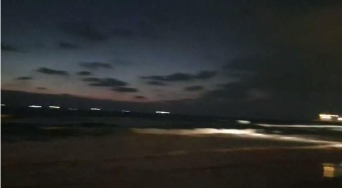 חוף לידו באשדוד זמן קצר לאחר ההיסחפות