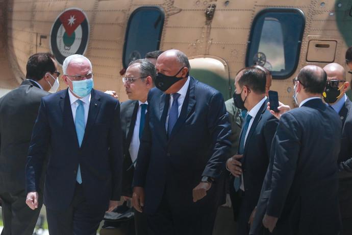שר החוץ המצרי, סאמח שוכרי, מבקר ברמאללה