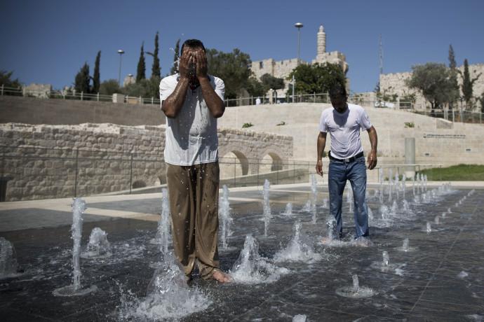 גל חום בירושלים, ארכיון (למצולמים אין קשר לנאמר בכתבה)