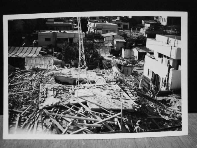 רחוב קלישר אחרי ההפצצה האיטלקית על תל אביב, 1940