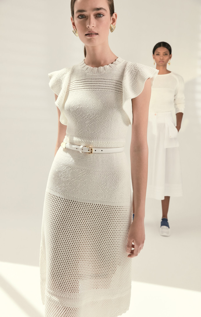 המותג הגרמני אסקדה ספורט למילוס שמלת קרושה לבנה 1500 שח