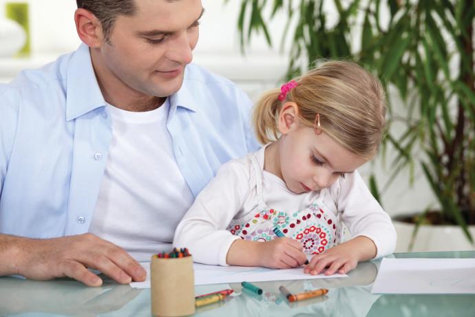 ילדה ואביה, אילוסטרציה