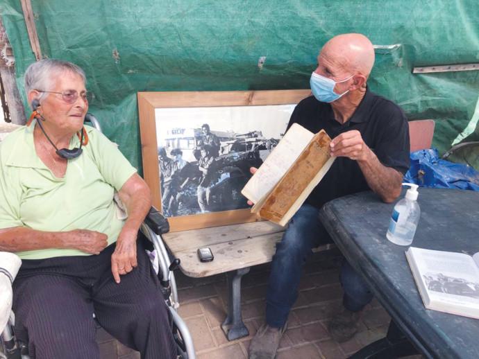 דני פרל ויומן המלחמה עם אמו של עמרי עצמון