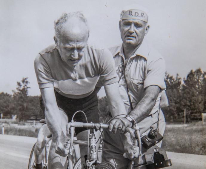 מאמן רכיבת האופניים, דוד קדוש