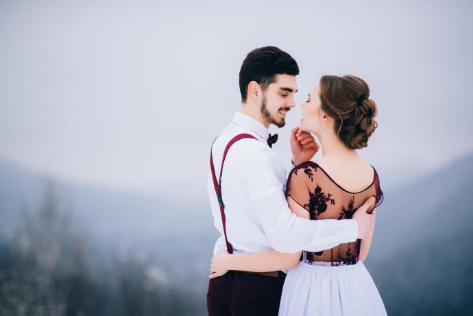זוג מתחתן