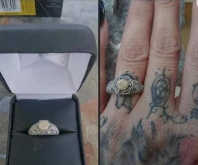 טבעת האירוסין שעשוי מגולגולת