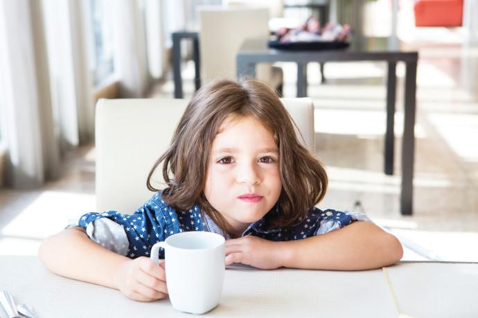 ילדה שמסרבת לאכול, אילוסטרציה