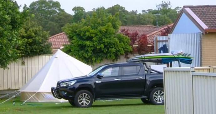 האוהל בגינה שבבית השכור