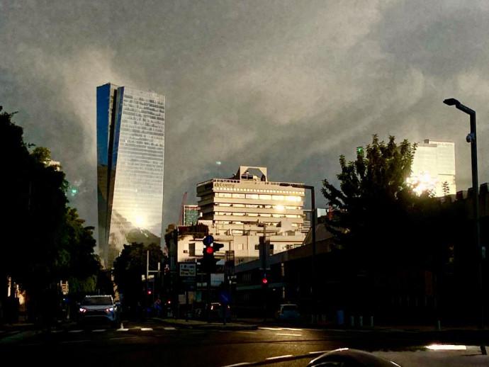 יום גשום בתל אביב