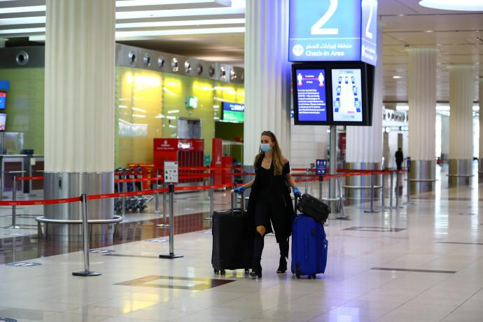 שדה תעופה בדובאי, אילוסטרציה