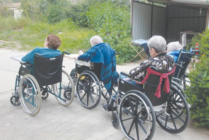 מצב הקשישים בעקבות הקורונה