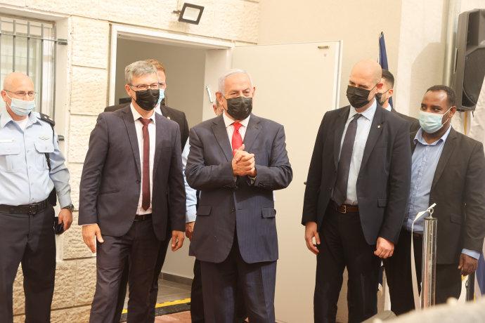 נתניהו בפתיחת תחנת משטרה בג'ואריש