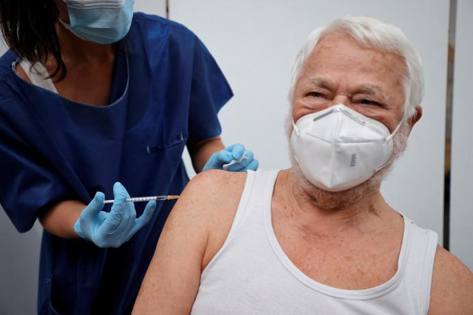 חיסון לקורונה בצרפת, אילוסטרציה