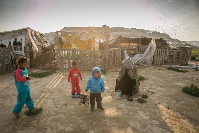 יישוב בדואי סמוך לאתר דודאים בנגב
