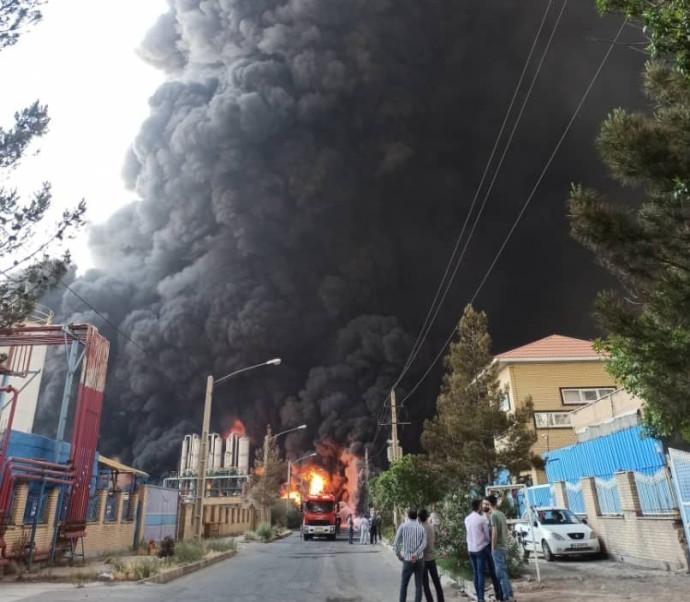 שריפה במפעל באיראן