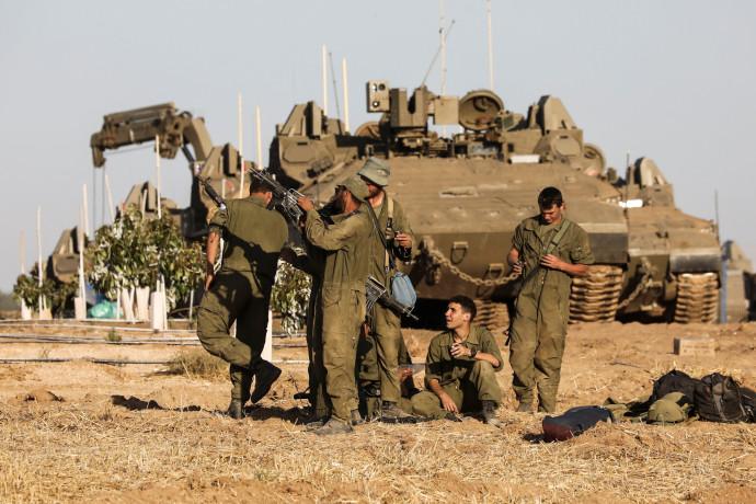 """כוחות צה""""ל סמוך לרצועת עזה"""