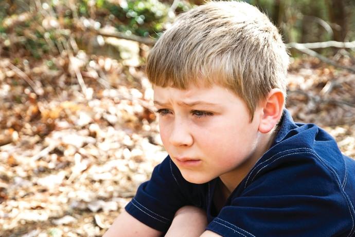 כיצד לעזור לבן 6 להתגבר על הפחדים?