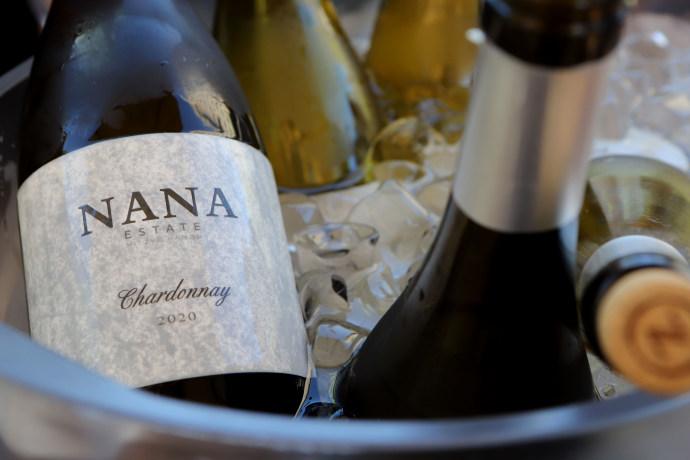 יקב ננה, השקת יינות לבנים