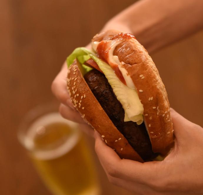 ההמבורגר הטבעוני של מיכלאנג'לו