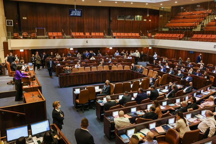 מליאת הכנסת במהלך ההצבעה על חוק האזרחות