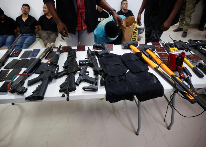 הנשקים של יחידת הקומנדו שלכאורה התנקשה בנשיא האיטי