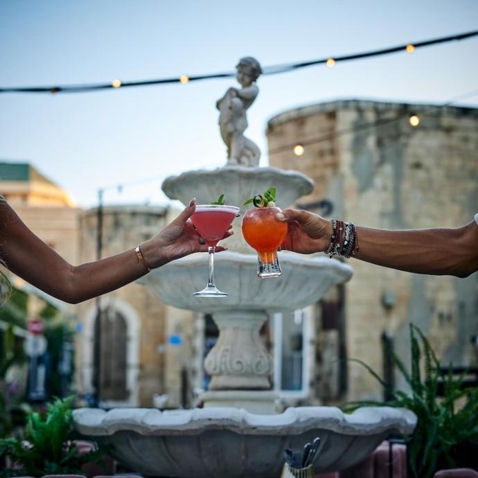 רומנטיקה ואלכוהול בסר עבדול