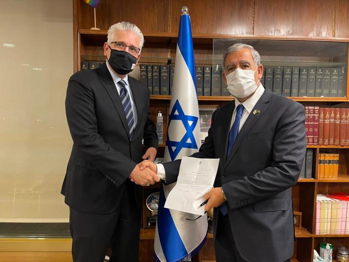 אלי אבידר ומיקי לוי, לאחר התפטרותו של אבידר מהכנסת