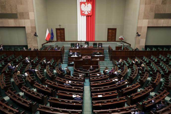 הפרלמנט הפולני, הפרלמנט בפולין