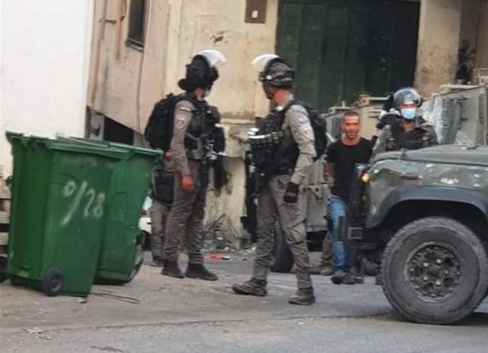 כוחות הביטחון בגדה המערבית עוצרים חשוד