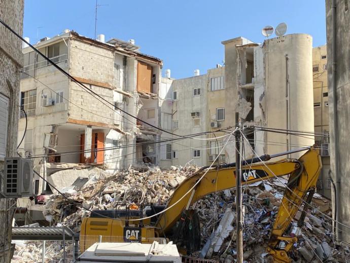 הבניין שקרס בחולון