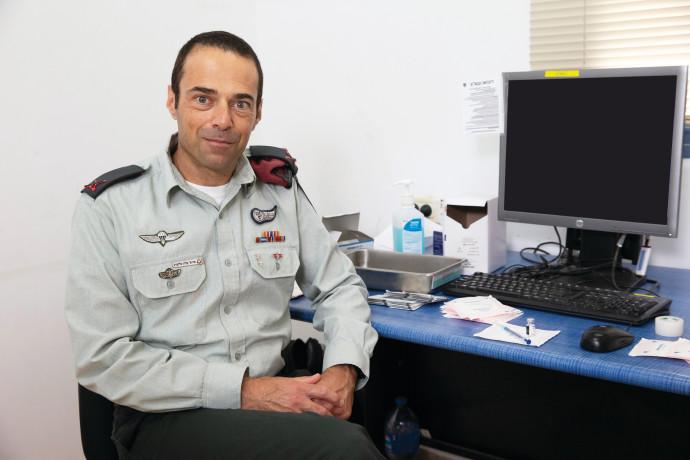 """תא""""ל פרופ' אלון גלזברג, קצין הרפואה הראשי של צה""""ל"""