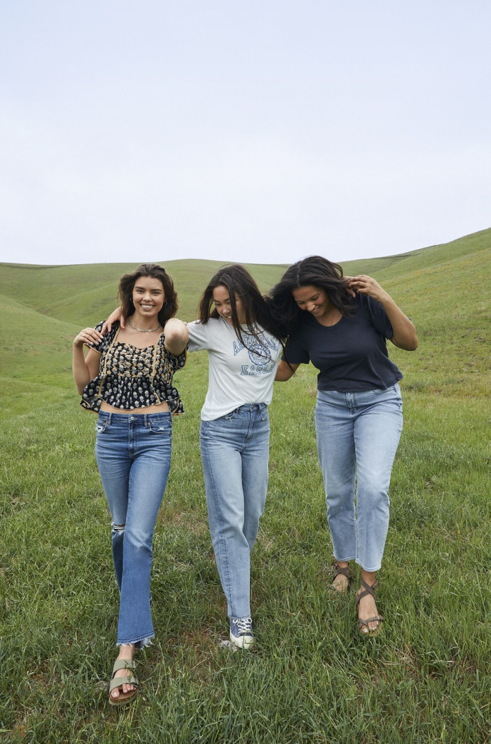 אמריקן איגל_ טווח מחירי ג'ינסים 169.90שח -299.90שח צילום יחצ חול