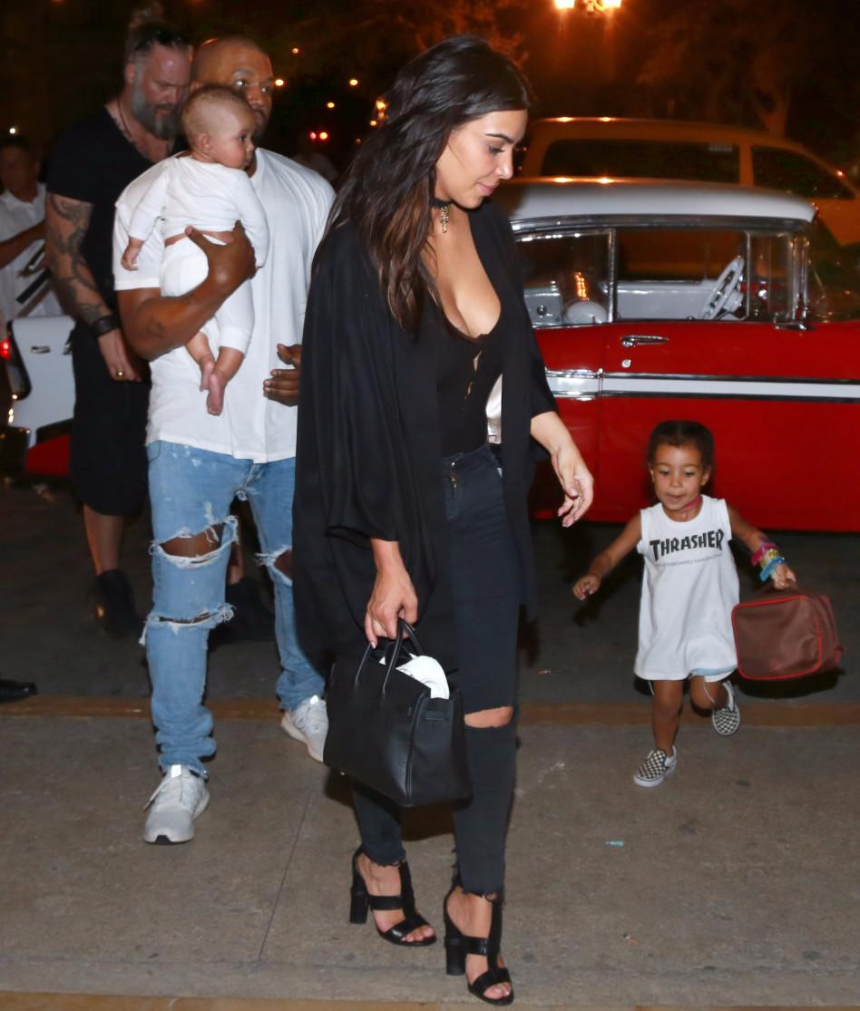 משפחה מרובת ילדים. (צילום: splashnews(