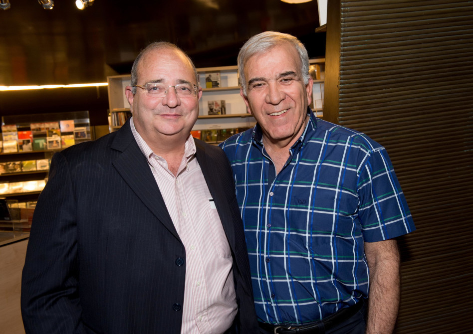 יוסי פילוס וארז שמלצר (צילום: ישראל אדרי)