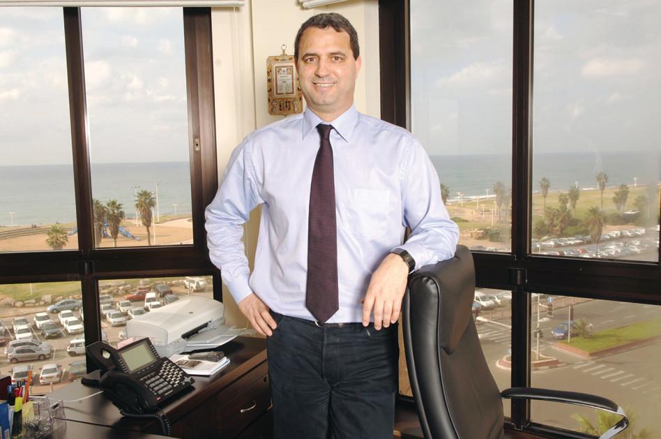 אלי אלעזרא (צילום: ראובן קסטרו)