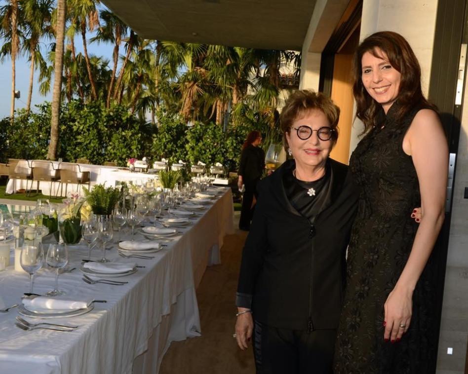 בטי גרינשטיין ורעיה שטראוס (צילום: פיטר הלמג'י)