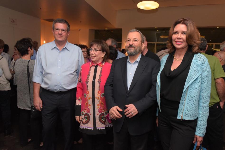 נטלי אהרון, אהוד ברק, נילי ברק, יובל רבין (צילום: אבשלום ששוני)