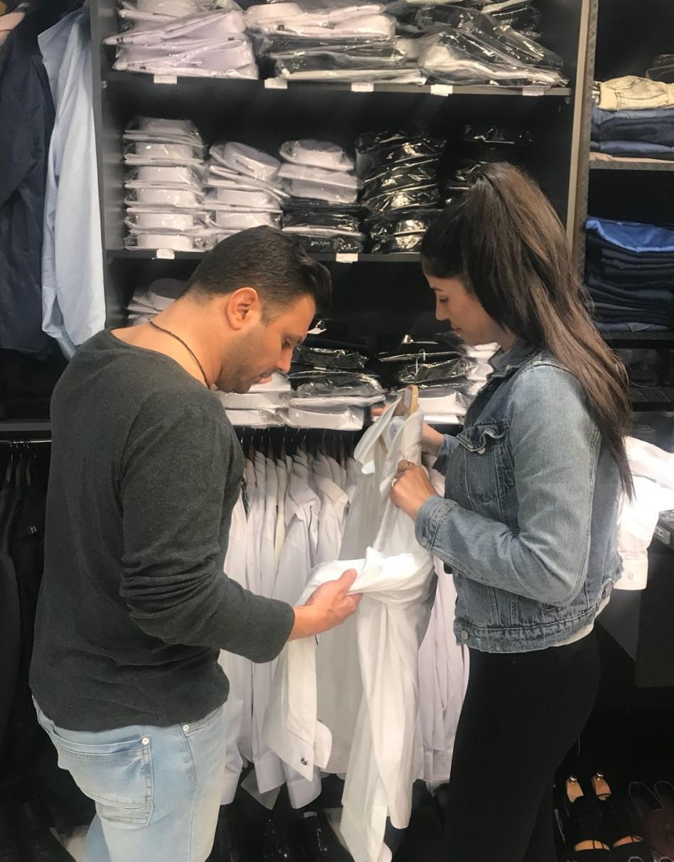 והחולצה הלבנה מה איתה?