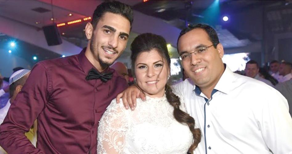 אליאב רחמים עם אחותו ובעלה (צילום פרטי)