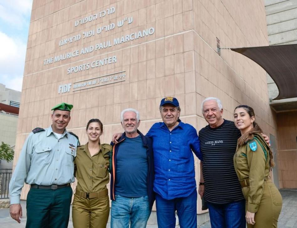 """חילות צה""""ל, פול מרציאנו, חיים סבן, מוריס מרציאנו ואבי מוטולה (צילום: שחר עזרן)"""