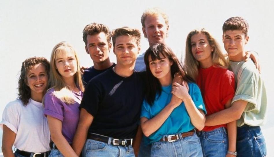 """חברי הסדרה המומים. בוורלי הילס 9012 (צילום: יח""""צ)"""