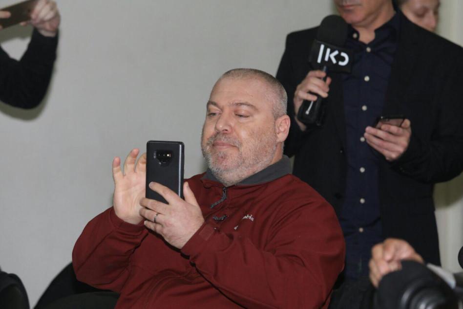 גונן בן יצחק במסיבת העיתונאים של בנט ושקד (צילום: אבשלום ששוני)