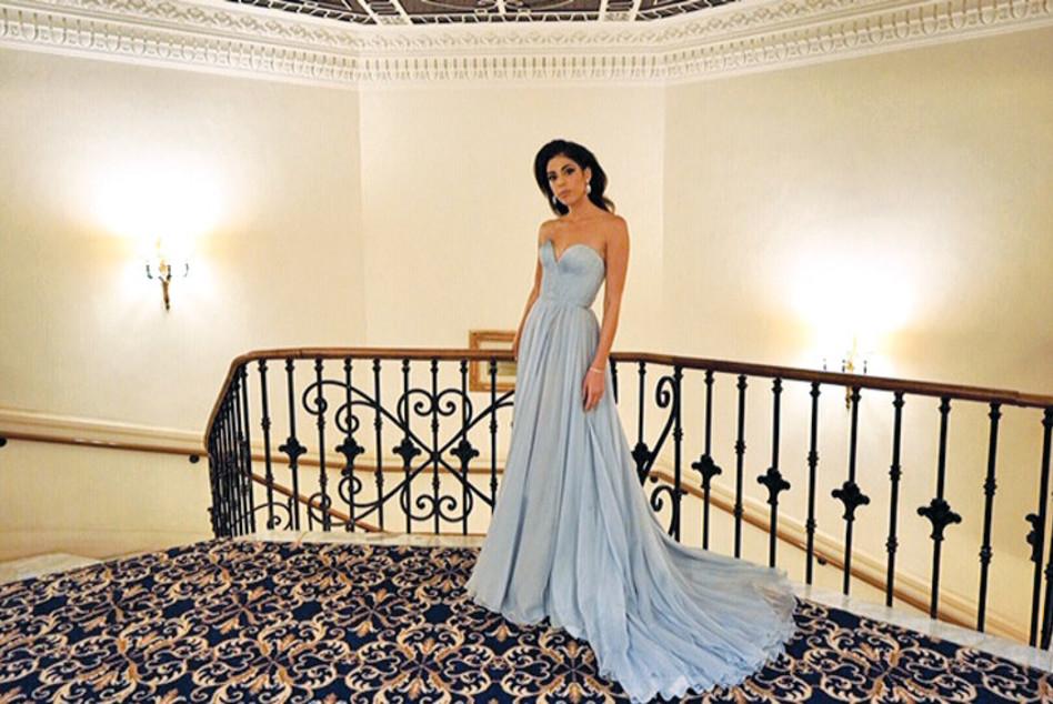 דניאלה פיק לבושה בשמלה שעיצבה לה חברתה מעצבת האופנה לי גרבנאו (צילום: יחצ)