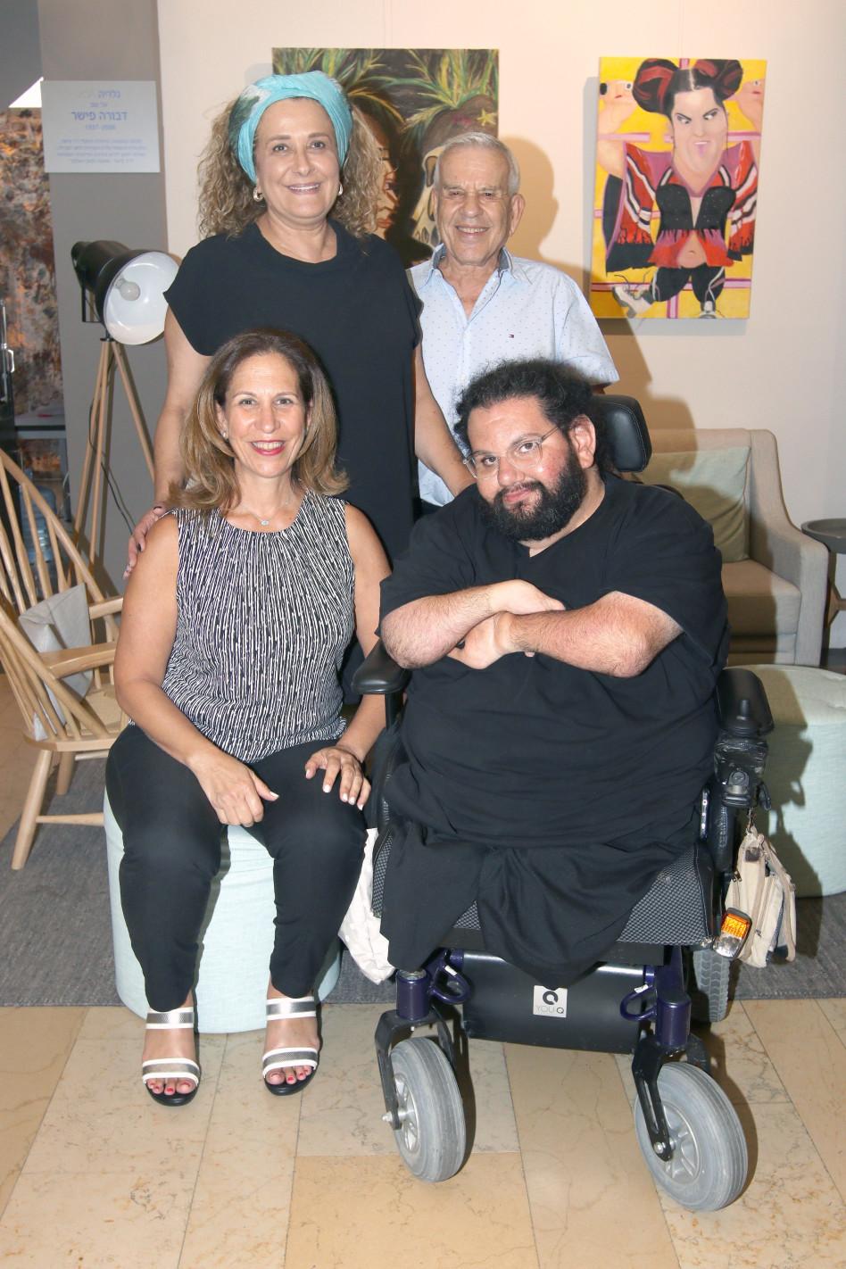 """ד""""ר אלי פישר, רינה עידן, מיקי זר וסיגל בר-און  צילום: ענת מוסברג"""